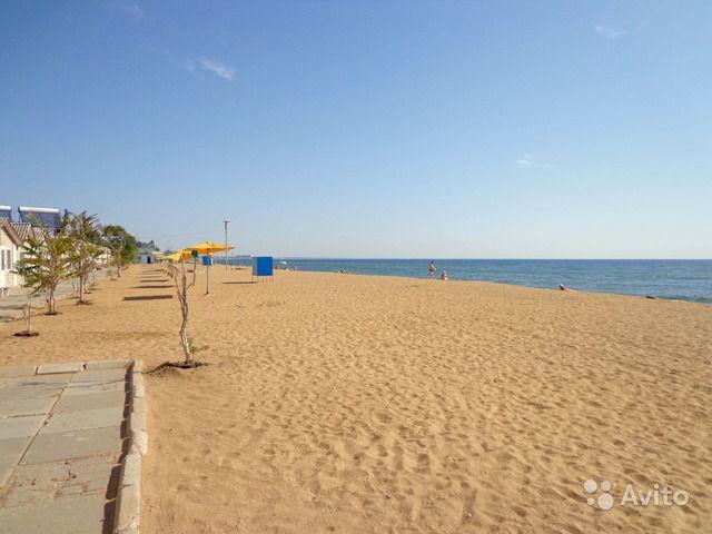 Предпринимателя в Феодосии заставили ликвидировать здание на Золотом пляже