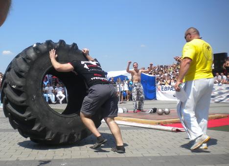 В Феодосии посоревнуются украинские и российские богатыри