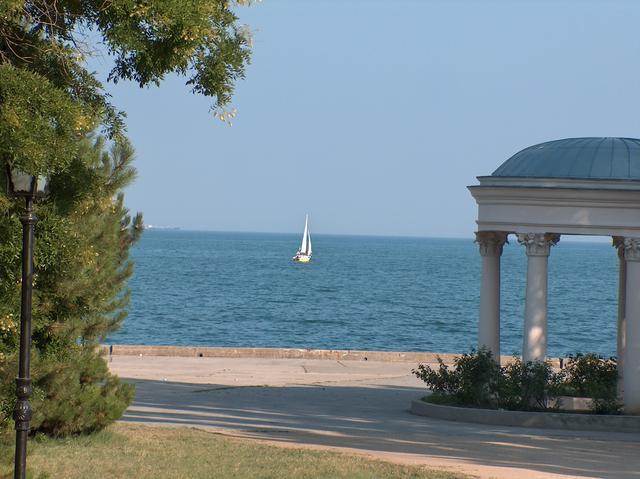 Керчь стала лучшим курортом для экономного отдыха с детьми