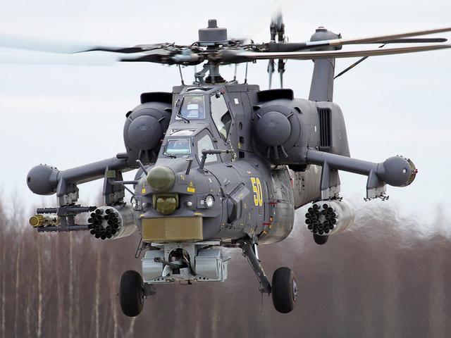 На вооружение Черноморского флота поступили новые самолеты и вертолеты