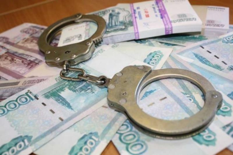 В Севастополе за взяточничество арестована юрист из Москвы