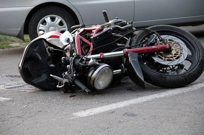 В Симферополе в результате аварии пострадало два человека