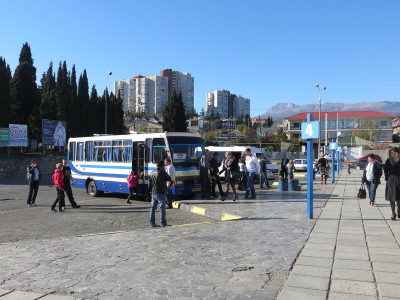 Уже завтра стоимость проезда в крымских автобусах повысится на 27%