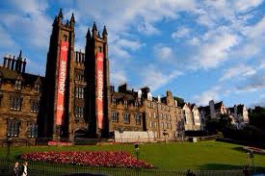Что будет интересно туристу в Эдинбурге?