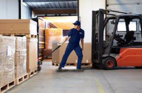 Доставка и хранеие грузов