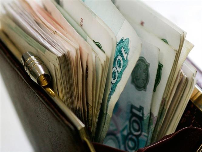 Крымским депутатам увеличили зарплаты