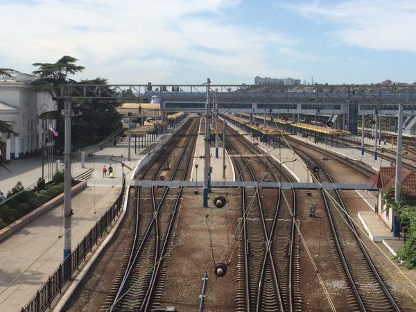 В Симферополе пустой вокзал превратят в концертный зал