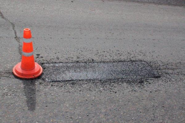 В Ялте приступили к ремонту дорожного полотна