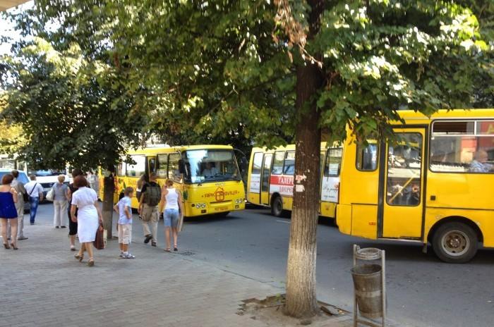 Большинство перевозчиков в Симферополе работают незаконно