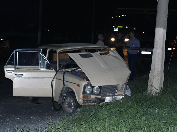 В Ялте хотят штрафовать автомобилистов, которые врезаются в столбы и ограждения