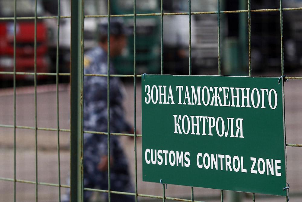 Крымские пограничники подозревают украинских в коррупции