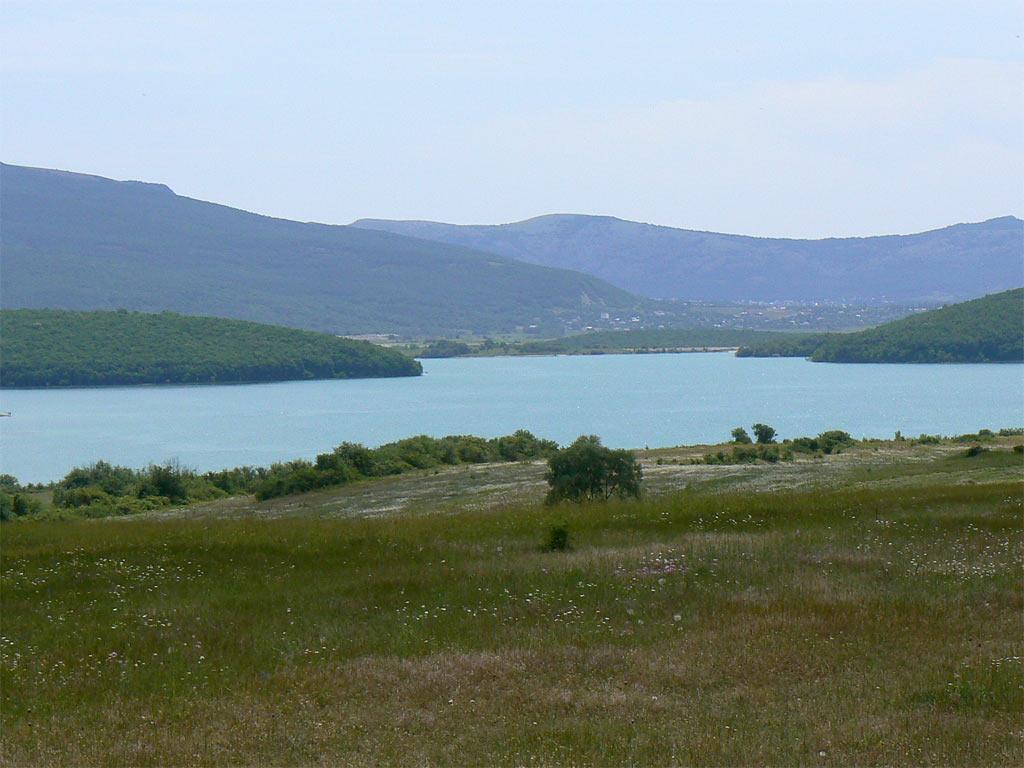 Воды в Чернореченском водохранилище хватит на год