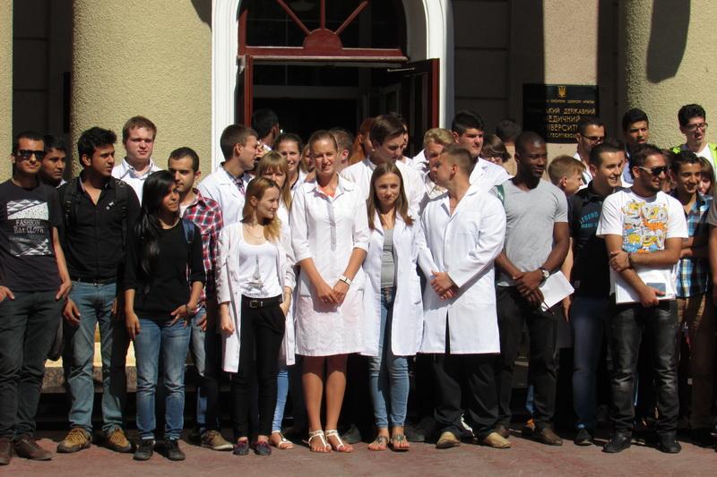 В Медицинской академии КФУ будет обучаться всего 70 иностранцев