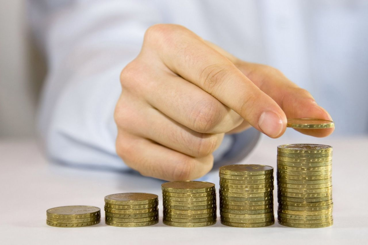 В Крыму обещают поднять минимальную заработную плату