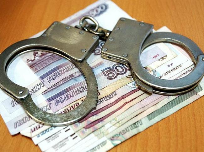 В Крыму разыскивают злоумышленниц, выманивших у пенсионерки деньги