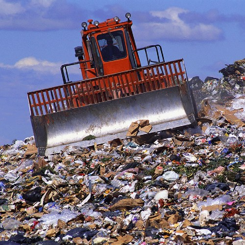 Решение проблем с утилизацией мусора на полуострове обойдется в 10 млрд. рублей