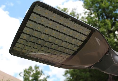 В Бахчисарае появились экспериментальные фонари на дистанционном управлении