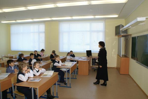 Для молодых учителей места есть только в сельских школах