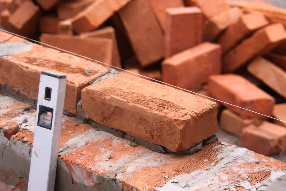В Севастополе для борьбы с незаконным строительством появится «Белая книга»