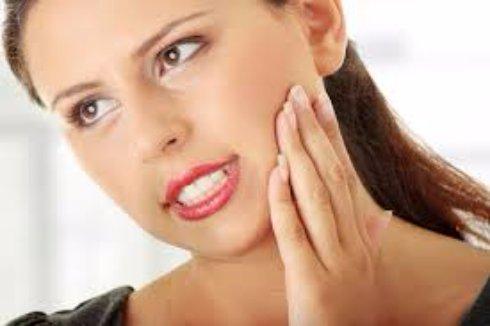 Причины появления зубной боли