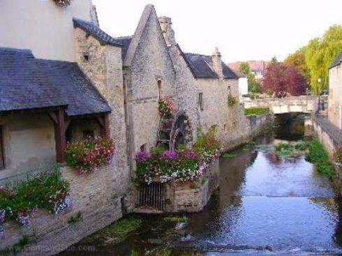 Байе – жемчужина туристической Франции