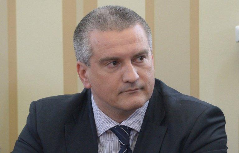 Аксенов заверил, что ограничивать поставки продуктов в Россию Крым пока что не будет