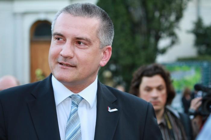Глава Крыма пообещал провести тотальную чистку в рядах чиновников