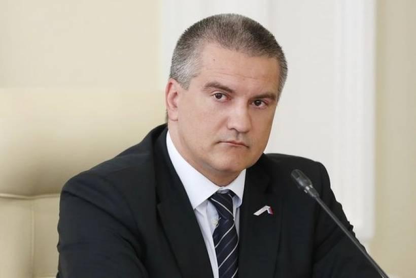Симферопольские власти просят граждан отказаться от массовых мероприятий