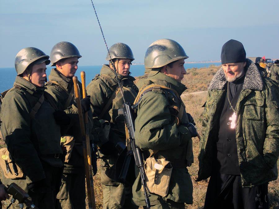 В воинских частях Крыма проходят службу священнослужители