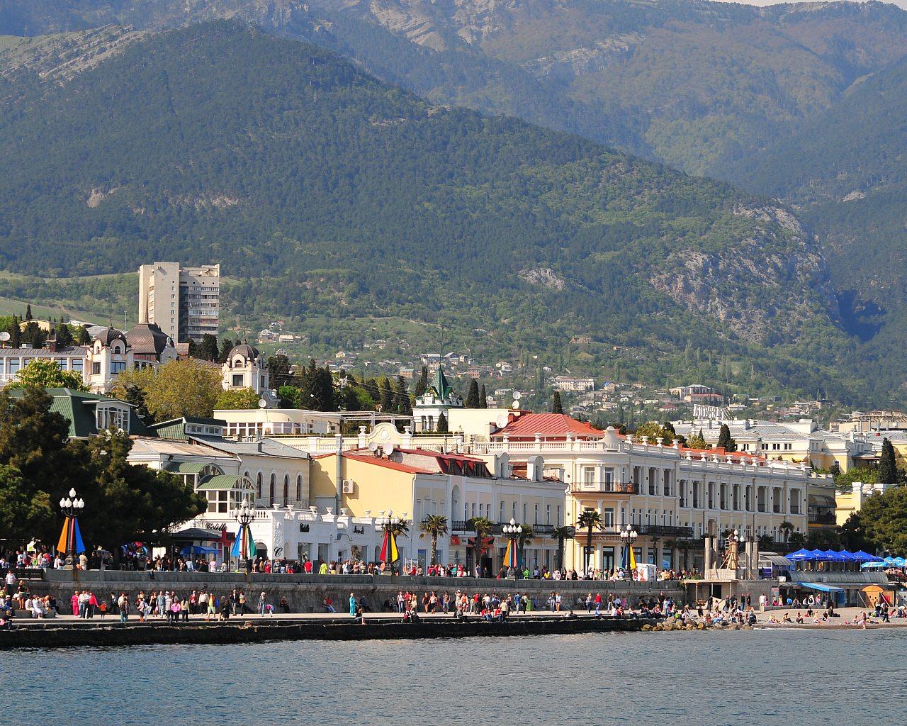 В Крыму уже в следующем году может появиться «Карта гостя»