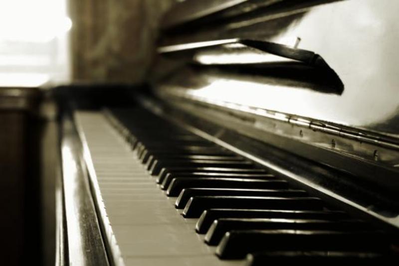 Все желающие смогут поиграть на «уличном пианино»