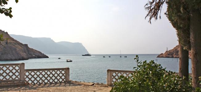 «Матросский пляж» в Каче очистят от отелей