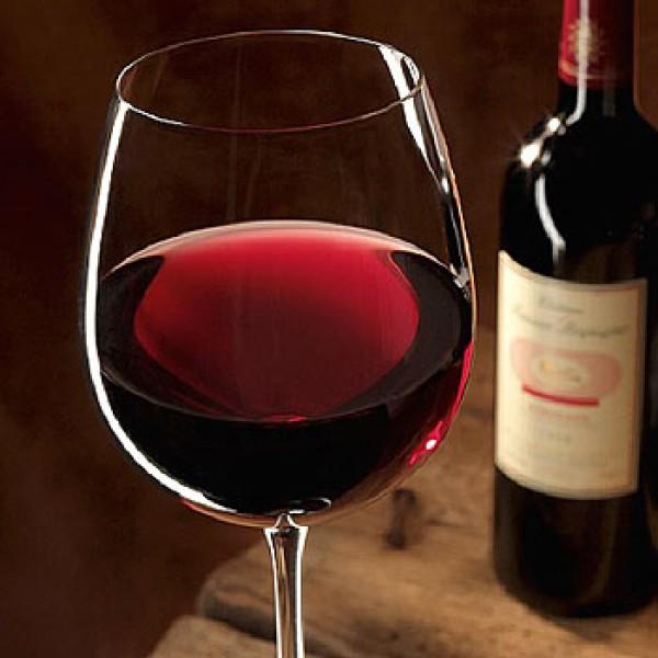 В Крыму лабораторных крыс оздоравливают вином
