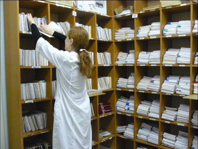 Приобрести талончик к врачу в Евпатории можно за 200 рублей