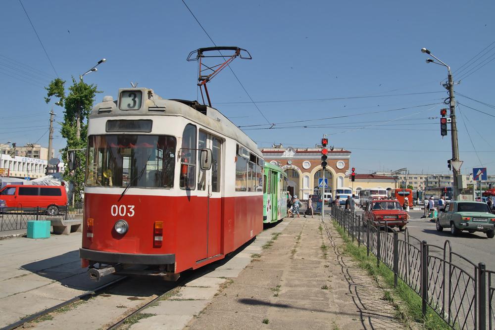 Ездить в евпаторийских трамваях станет накладнее