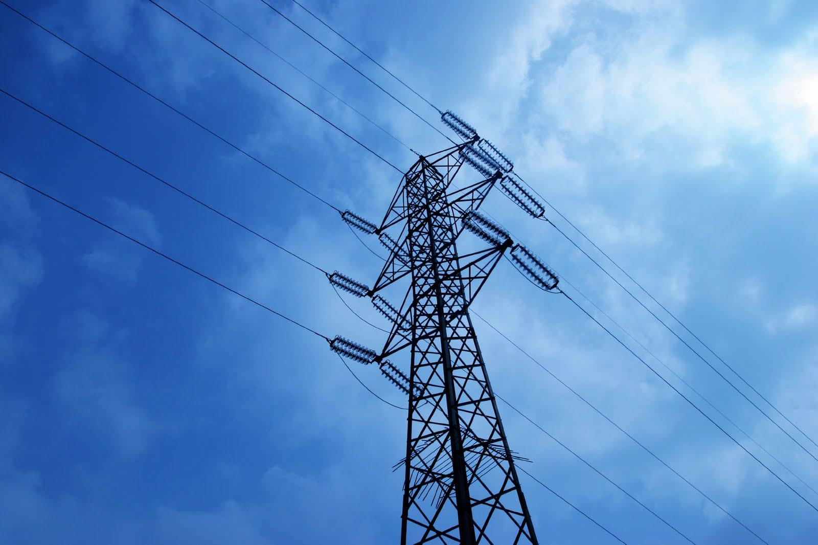 Крымчан просят экономить электроэнергию в периоды пиковых нагрузок