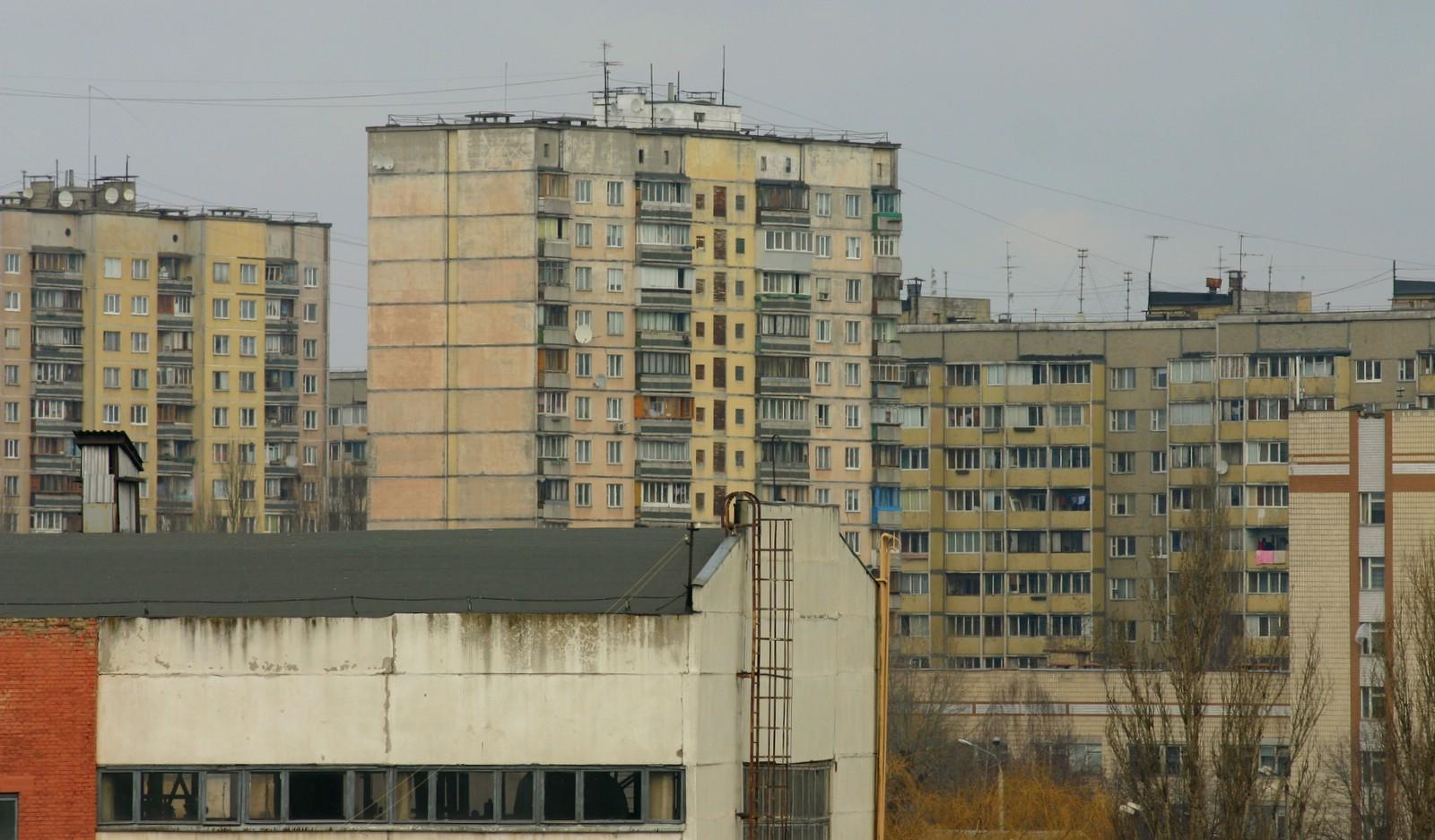 Теперь свет отключают во всех симферопольских многоэтажках
