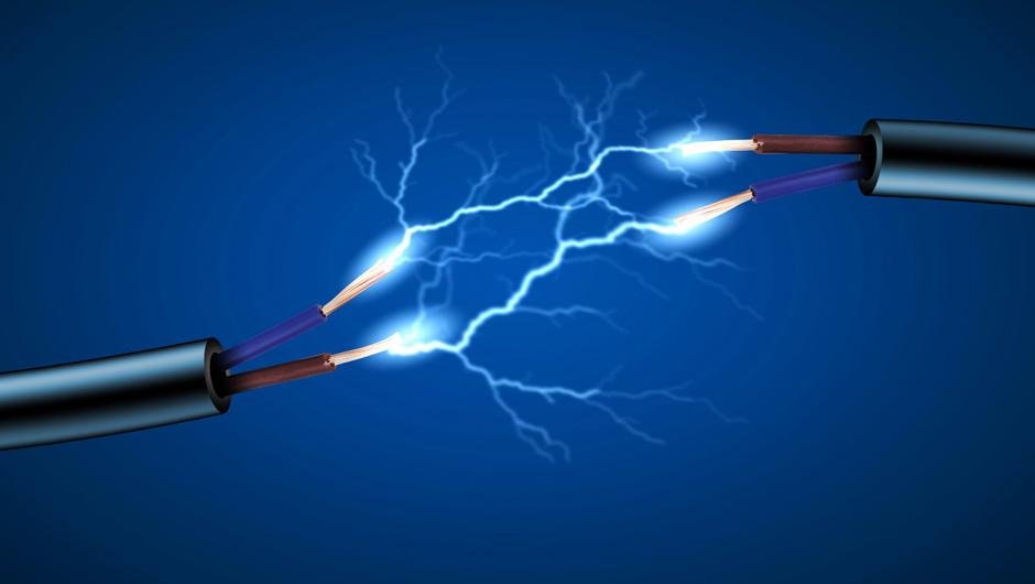 Из-за действий недобросовестных электриков маленькая девочка получила серьезные ожоги