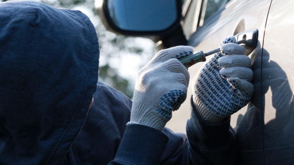 Трое студентов из Симферополя промышляли угоном автомобилей