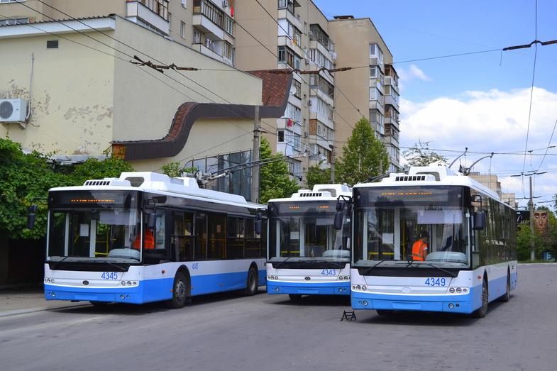 В Алуште начали курсировать троллейбусы
