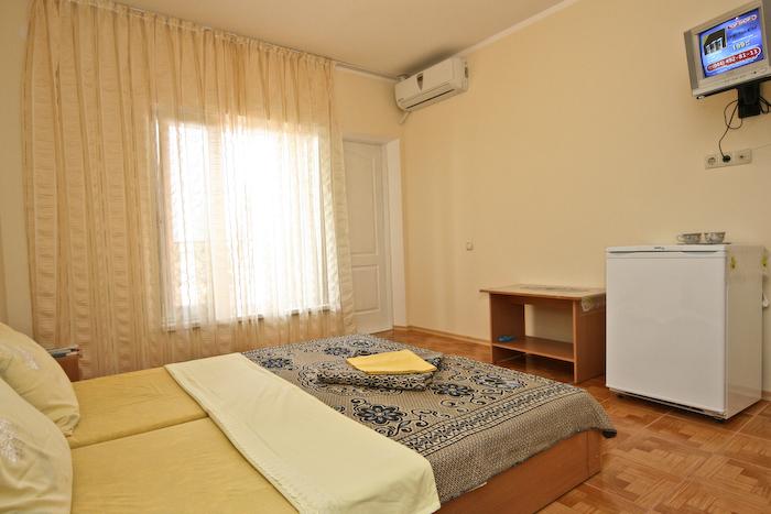 Частные гостиницы в Феодосии получат свет лишь после официальной регистрации