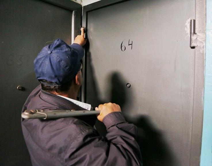 Жителей Севастополя предупреждают об активизации квартирных воров