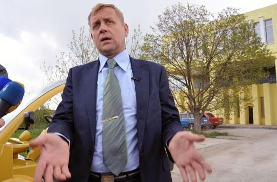 Зубкова подозревают в связях с украинскими властями