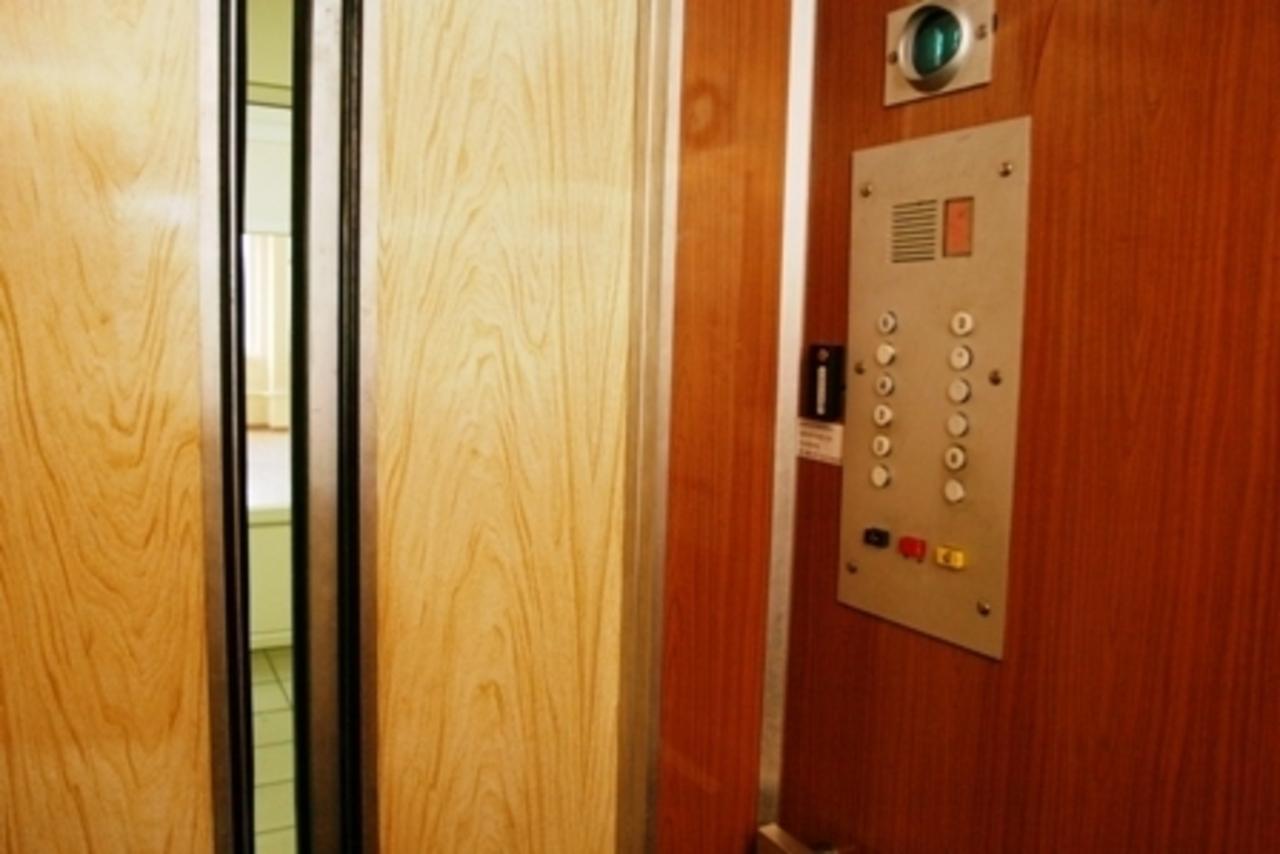 Лифты в Крымской столице заработают не раньше 15 декабря