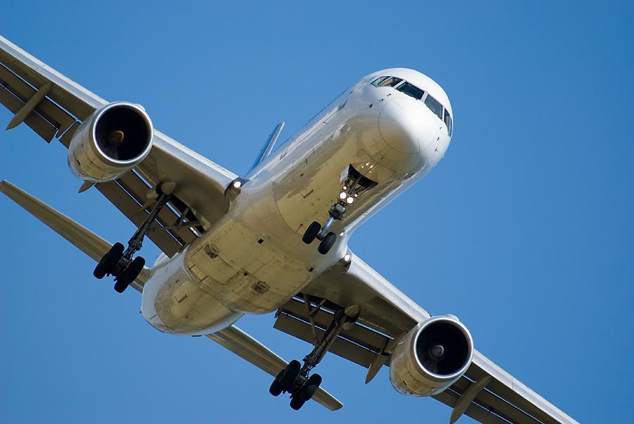 Крымский самолет совершил аварийную посадку
