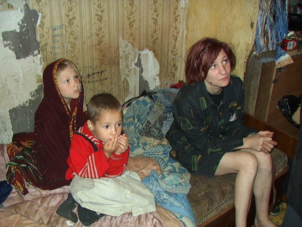 В Крыму на учете стоит почти 400 неблагополучных семей