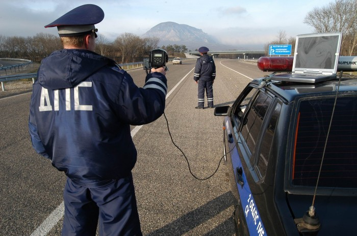 Сотрудники ГАИ хотят патрулировать дороги в штатской одежде