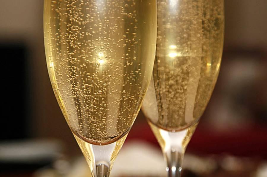 В Севастополе планируют увеличить объемы производства игристых вин