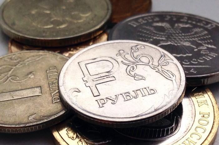 В Крыму хотят автоматически списывать деньги с должников с банковских счетов