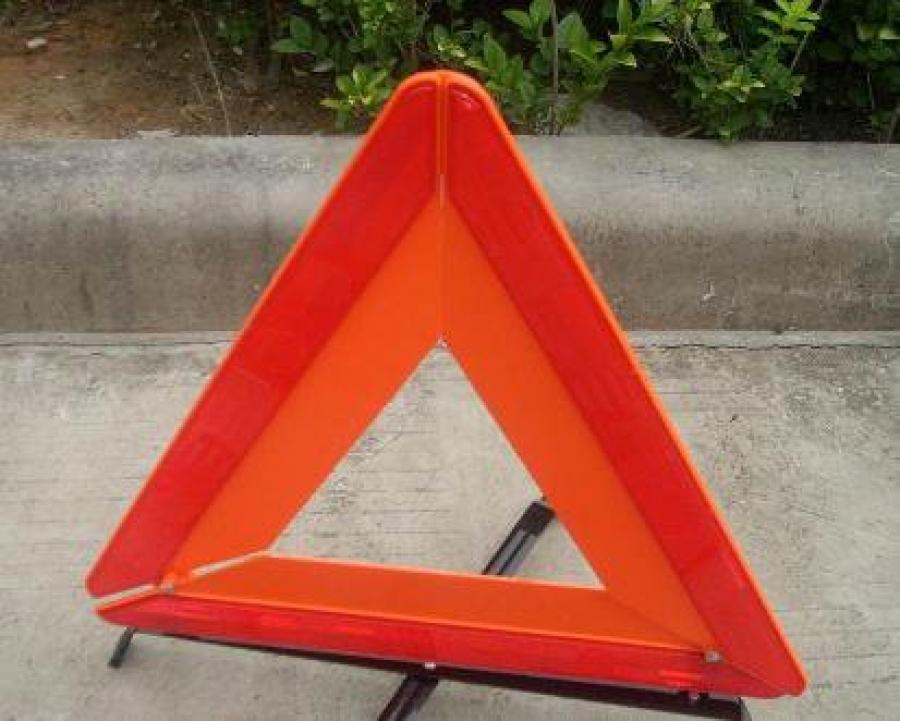 Смертельная авария под Феодосией: водитель погиб в перевернувшемся автомобиле